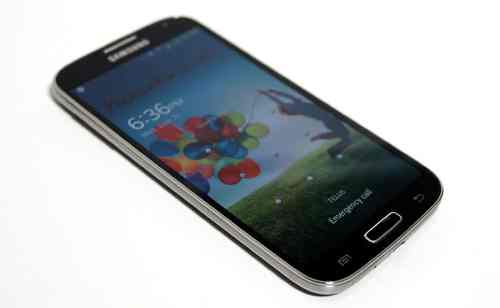 MEGATech Reviews   Samsung Galaxy S4 Android Smartphone   sgs4 2 500x308