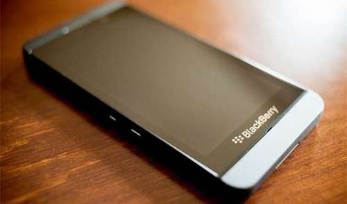 Verizon Gets BlackBerry Z30 on November 14   bb 500x294