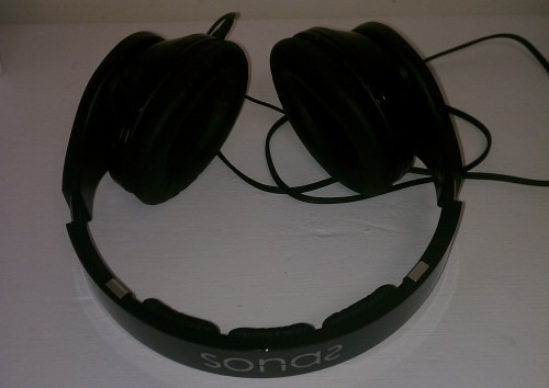 MEGATech Reviews: Rosewill Sonas Headphones   IMG 20140407 170337 e1397162055898 500x354