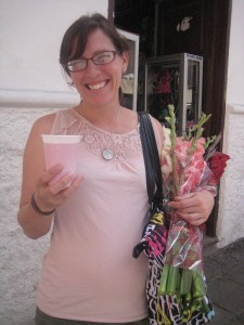 Becca Adams de Garate from El Nomad at the flower market in Cuenca in January 2013.