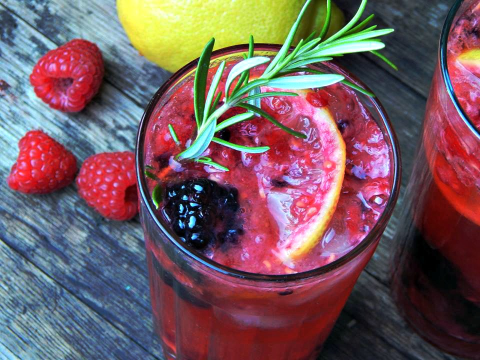 Double Berry Lemon Cocktail