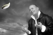 הזמר הותיק והאהוב תמיר גל הפך לאבא בפעם החמישית