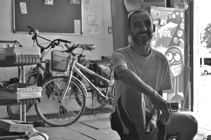 Renato Zerbinato, idealizador do BiciCentro da Ocupação Cultural Mercado Sul Vive. Foto: Webert da Cruz