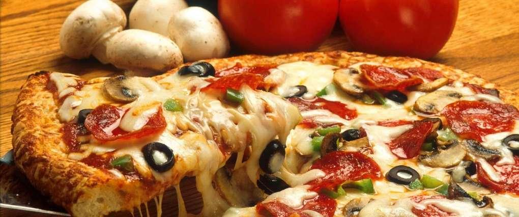 cheese-dinner-eating-2232