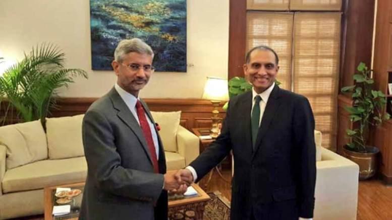 Indian Foreign Secretary S Jaishankar with his Pakistan counterpart Aizaz Ahmed Chaudhry.