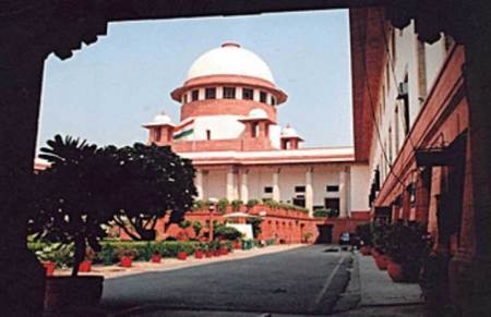Supreme Court said if Rahul doesn't regret then he would have to face court case.