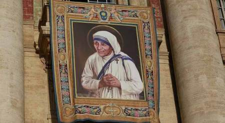 Official poster of Mother Teresa's canonization. Photo Courtesy: Catholic News Agency.