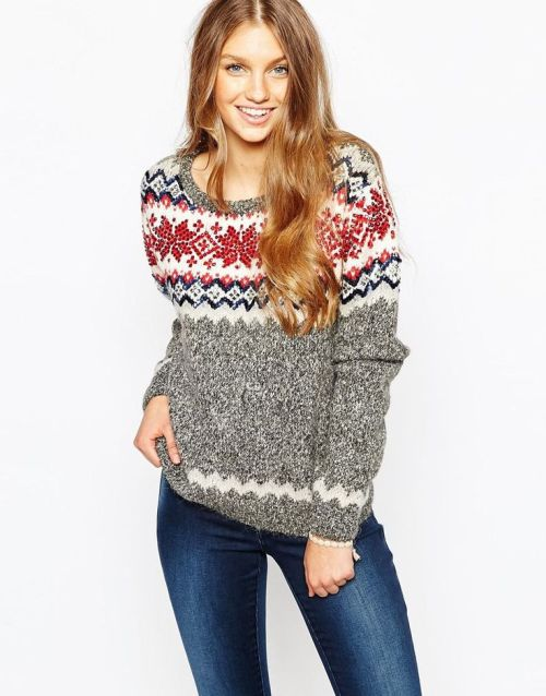 Looking for the perfect knit for Christmas Jumper Day? Something Funny Perhaps? Or How about something on trend? Well Matalan has you covered. We have a great range of Christmas Jumpers for all the family - even the family dog. Shop Matalan's range of Christmas Jumpers .
