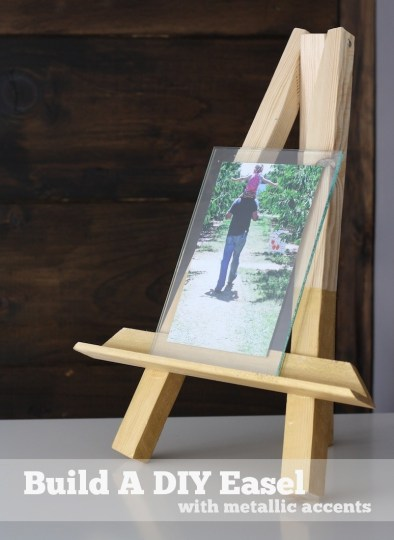 How to build a DIY easel.