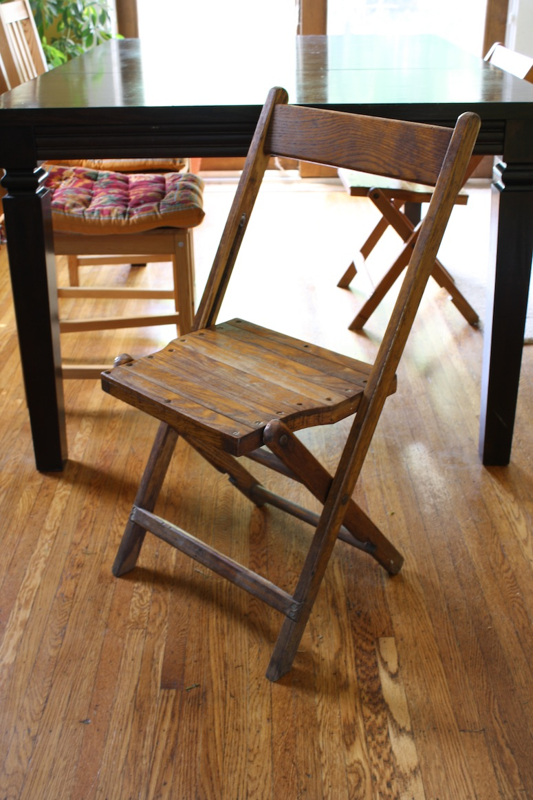 wooden folding chairs for the house merrypad. Black Bedroom Furniture Sets. Home Design Ideas