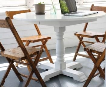 Sunroom Folding Chairs.