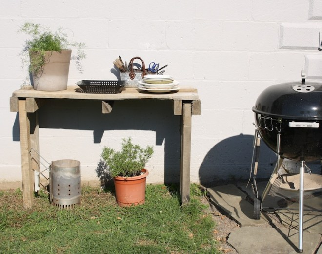 Pretty Pallet Table For DIY Network