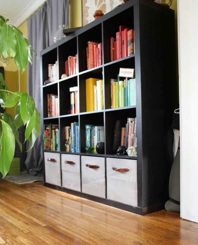 DIY IKEA EXPEDIT drawers! Voila.