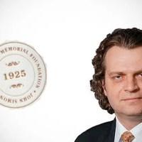 Kellogg Professor Named Guggenheim Fellow