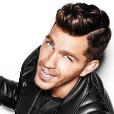 This person might be Andy Grammer.