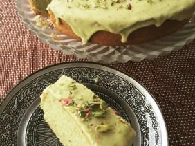 cream cheese cake with pistachio