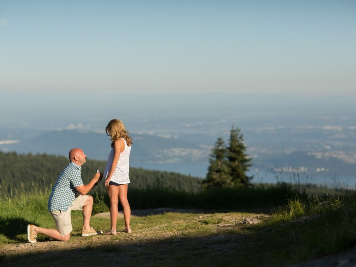 grouse mountain surprise engagement photos