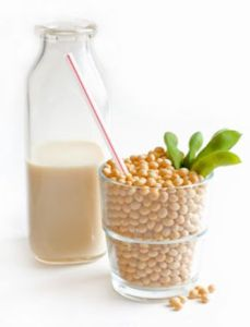 """Una alternativa a la leche de vaca son las llamadas """"leches vegetales""""."""