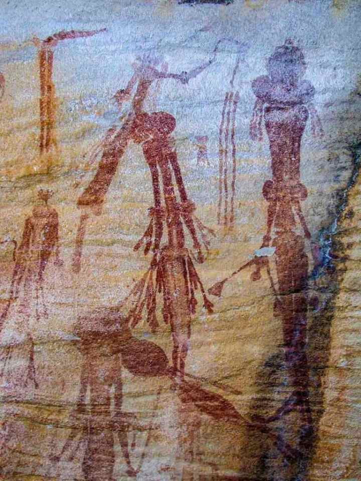 An example of the Bradshaw style of Kimberley rock paintings. Nice the costume 'finery' and ornate hair styles.
