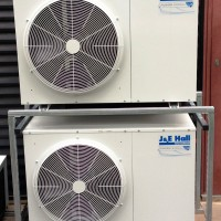 Remote refrigeration installations
