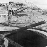 An der Küste Italiens. Italienische 7%2C5 Hafenbatterie  23nov 1943