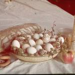 A basket full of eggs, one of the many gifts from the German people to Adolf Hitler on his 50th birhtday.