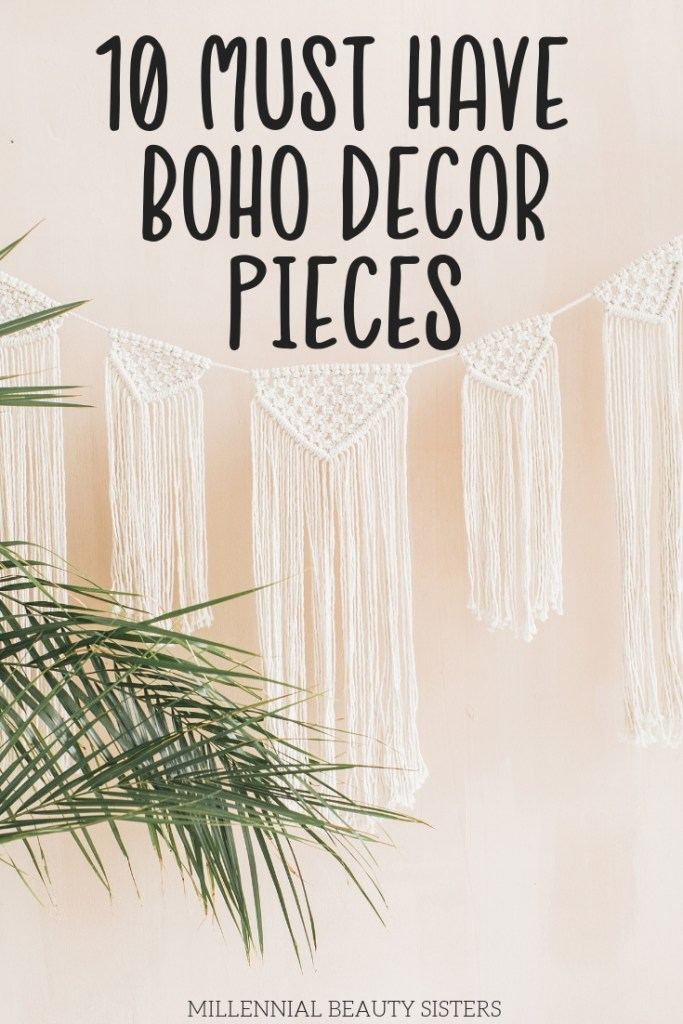 Boho decor pieces are all the rage. If you have a boho chic queen on your shopping list you need to check out these boho style gift ideas.