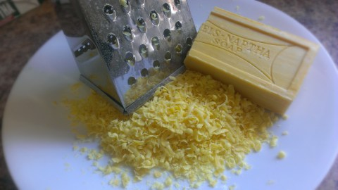 Laundry Detergent Grated Soap