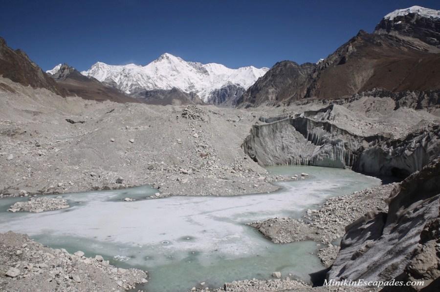 Superfiical lakes at Ngozumpa glacier