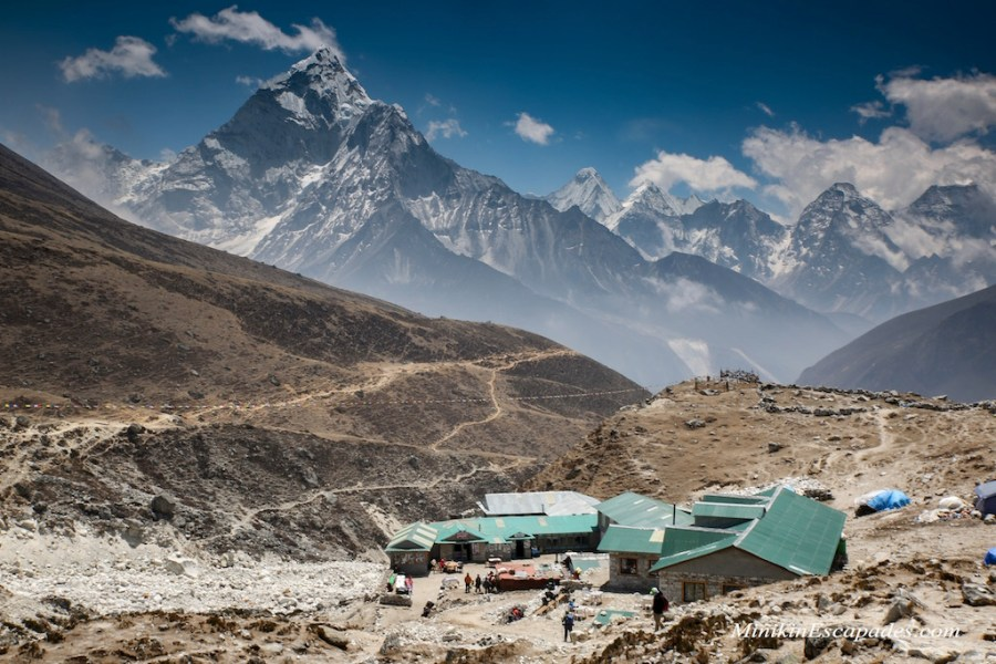 Dhungla and AMaDablam looming from behind