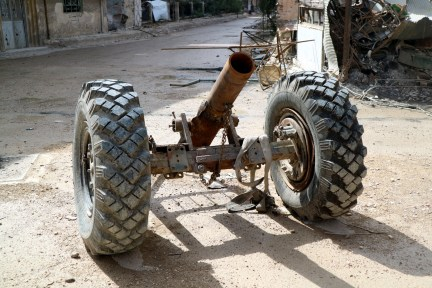 A mortar launcher left behind by rebels in Eastern Ghouta. The freshly liberated district of Damascus was used as launching pad for indiscriminate shelling of Damascus by rebel groups. (Photo: © Bas Spliet)