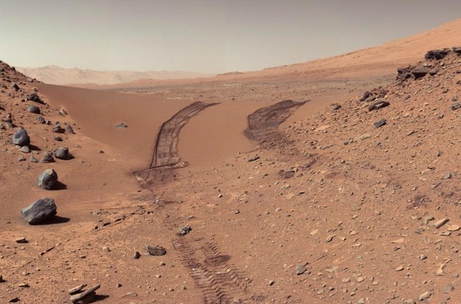 Vista de la superfície marciana captada pel robot 'Curiosity' / NASA