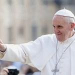 """Le monde est """"en guerre"""" mais pas """"de religion"""", selon le Pape François"""