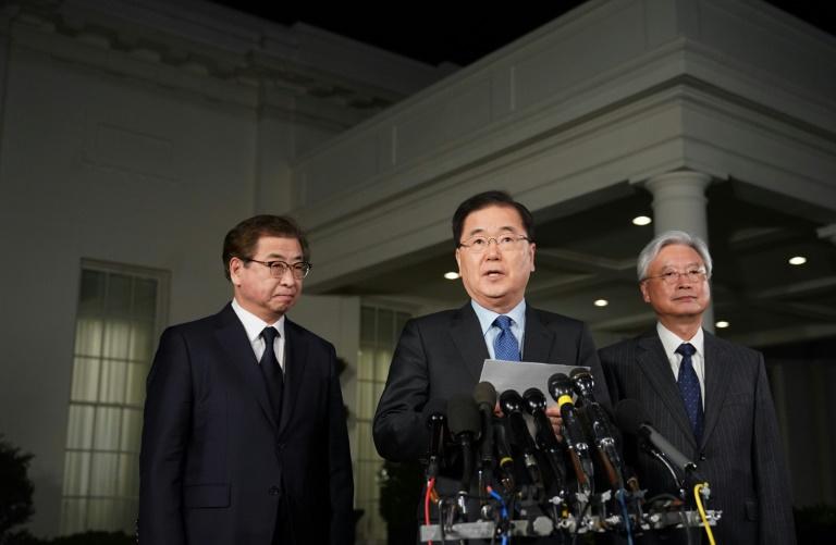 Chung Eui-yong, le conseiller à la sécurité nationale sud-coréen fait l'annonce historique d'un sommet entre Kim Jong Un et Donal Trump devant la Maison Blanche le 8 mars 2018