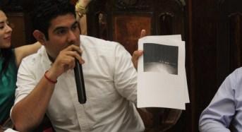 Regidores del PRI exhiben en Cabildo servicios públicos de mala calidad