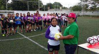 Inauguran torneo de fútbol 7 en Maxcanú