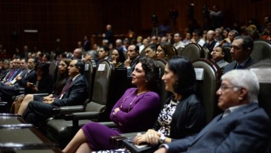 Ivonne Ortega asiste a la entrega de Título de Concesión de Uso Público para Canal del Congreso