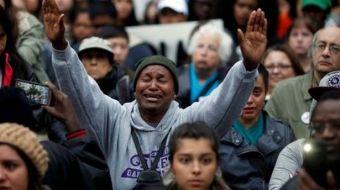 Protestan contra brutalidad policiaca en Charlotte, USA
