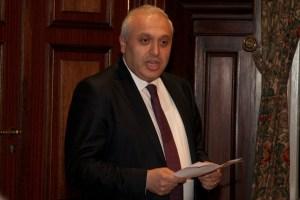 Ambassador Ashot Smbatyan delivering greetings
