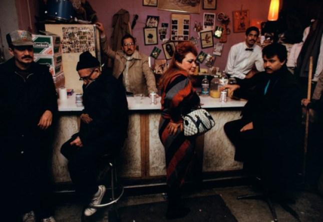 Photo: Friday night at the Dominoe Social Club, 1987 © Joseph Rodriguez