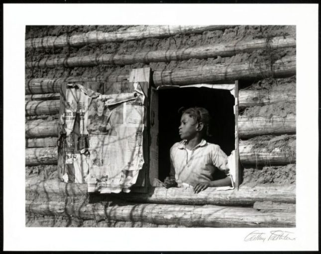 Created by: Arthur Rothstein, published by Hyperion Press Ltd. Girl at Gee's Bend, Alabama 1937; printed 1981, silver and photographic gelatin on photographic paper H x W (Image): 8 15/16 x 12 in. (22.7 x 30.5 cm) H x W (Image and Sheet): 10 7/8 x 14 in. (27.6 x 35.6 cm) Collection of the Smithsonian National Museum of African American History and Culture. Read more at http://www.craveonline.com/art/1122319-peoples-journey-across-america-finally-arrives-washington-mall#QW3jJ7ho4LpXCjeF.99