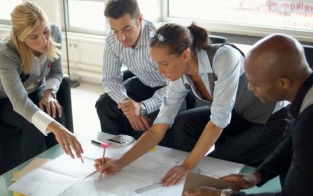 guiar-equipo-trabajo-exitoso-mi-vida-freelance