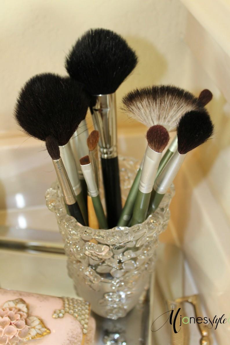 #makeupbrushes
