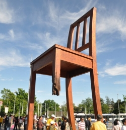 Broken Chair sculpture, Geneva