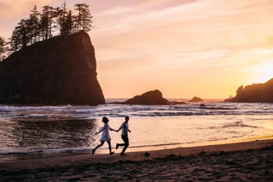 Romantic walk on the beach - Second Beach engagement
