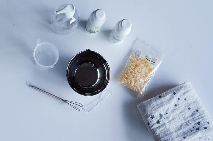 une recette de liniment fait maison mlle bride. Black Bedroom Furniture Sets. Home Design Ideas