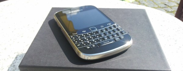 BlackBerry Bold 9900 (8)