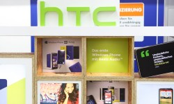 htc shop in shop (4) 4