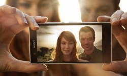 Xperia Z Backlit Couple 12