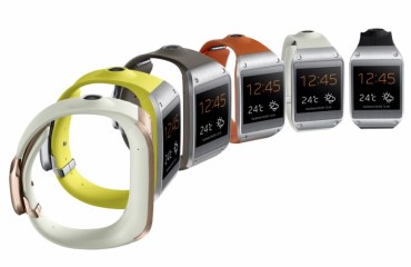 Galaxy Gear-008-Set1 Side_Six 1